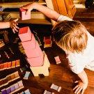 La torre rosa Montessori, un importante gioco educativo
